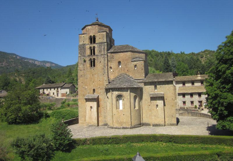 Iglesia de Santa Maria Santa Cruz de las Seros