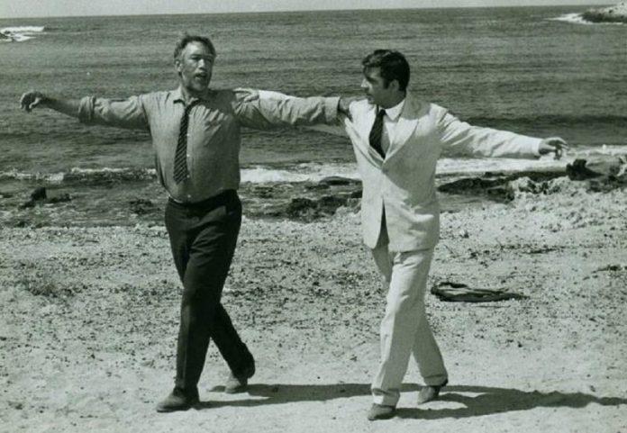 Cuando Zorba el griego te enseña a bailar