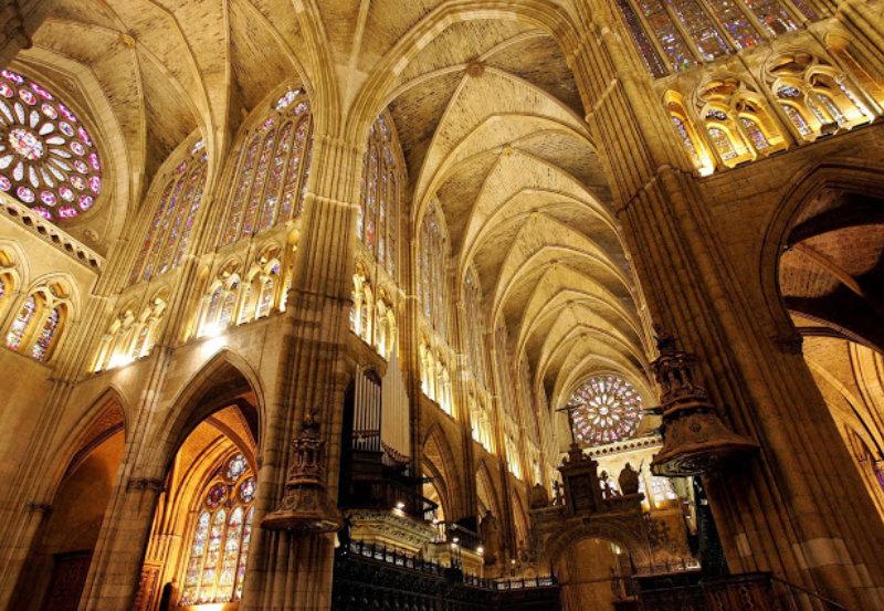 Interior Catedral de León, España.