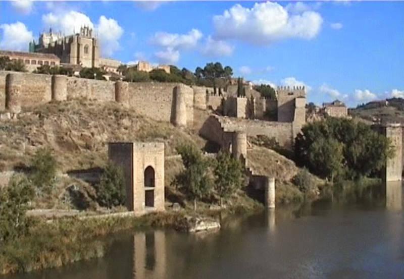 Puente San Martin Toledo España