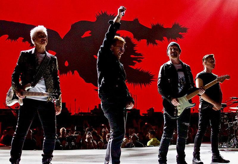 El sueño de McSorley, U2 en el escenario del Joshua Tree Tour 2017 en Kansas City Foto Mikey Brown