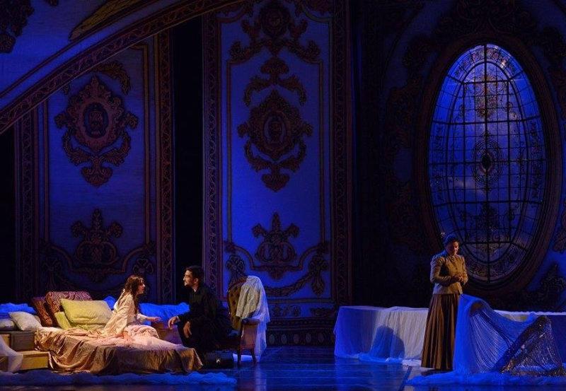 Escena Tercer Acto de La Traviata, Verdi. Teatro Lírico del Centro del Conocimiento, Argentina.