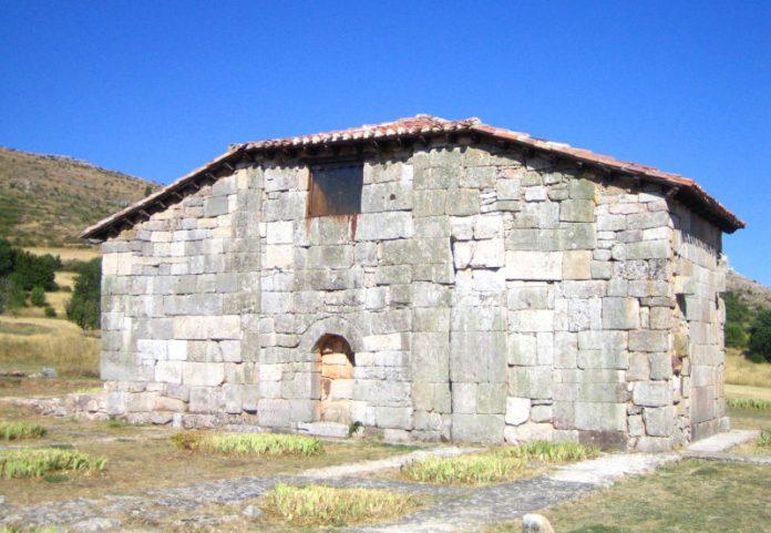 La Ruta de los Monasterios de la provincia de Burgos. Ermita de Santa María, Quintanilla de las Viñas.