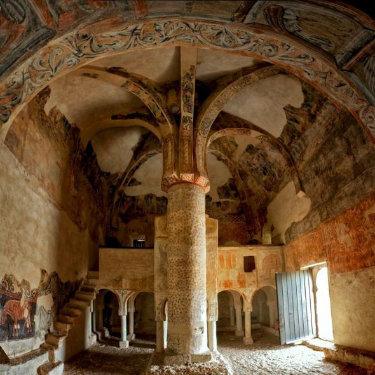 Interior de la Ermita San Baudelio en la actualidad