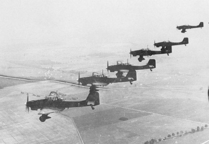 El vuelo de los rompetanques y el piloto de Stuka que nunca renegó de su pasado nazi