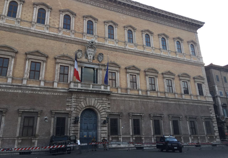 Palazzo Farense